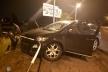 Нетвереза львів'янка розтрощила свій автомобіль, наїхавши на огорожу