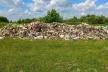 20 тонн львівського сміття викинули на Хмельниччині