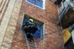 У Бродах з квартири «визволяли» немовля