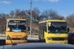 На «Арену Львів» на зустріч з Порошенком людей звозили «Школяриками» (Фото, відео)
