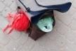 У центрі Львова серед білого дня обікрали жінку з дитиною