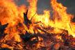 У Львівській області горить сміттєзвалище (Фото)
