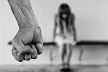 На Львівщині чоловіка судитимуть за побиття малолітньої доньки
