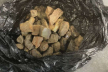 Намагався вивезти з України понад 3 кг бурштину: засуджено жителя Яворівського району