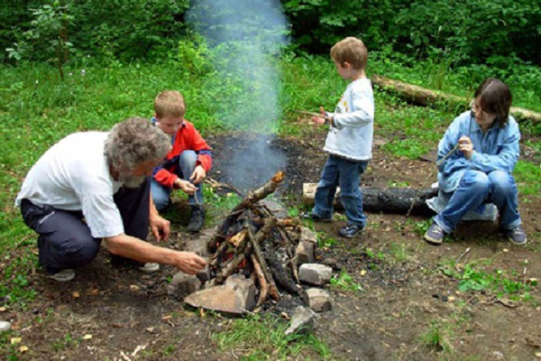 Мешканців Львівщини закликають дотримуватися правил відпочинку в лісі