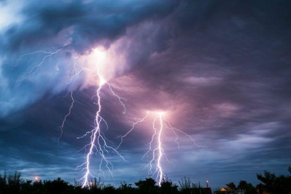 Погода у Львові: завтра синоптики прогнозують грози