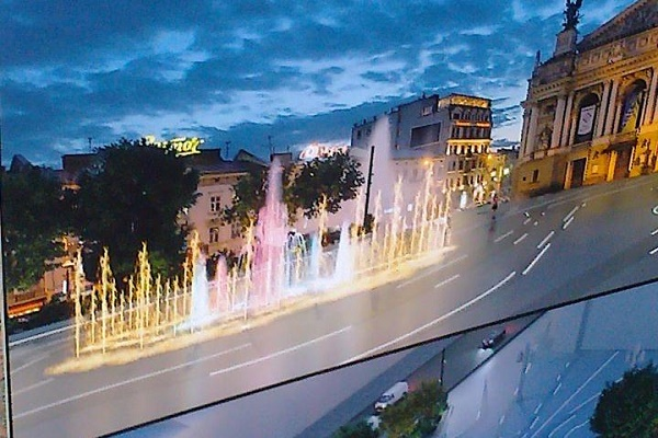 Обіцяного три роки чекають, або чому у Львові досі не встановили новий фонтан на проспекті Свободи