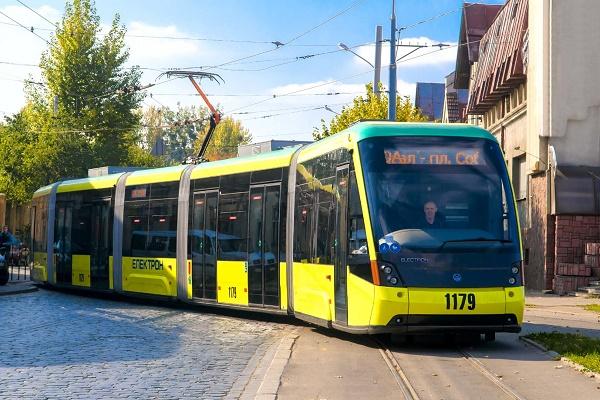 Львовом курсуватимуть європейські трамваї