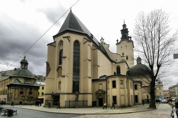 20 цікавих фактів про найдавніший у Львові римо-католицький костел