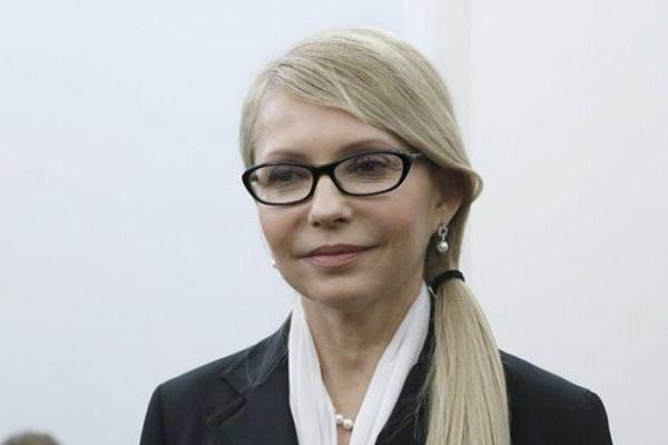 Тимошенко лідирує у президентських перегонах, – опитування