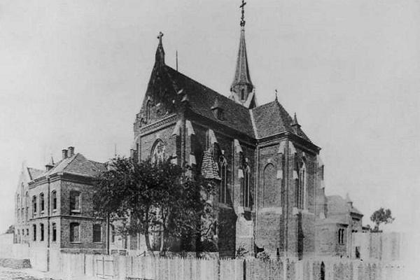 Костел та монастир кармеліток босих на Кастелівці у Львові (Фото)
