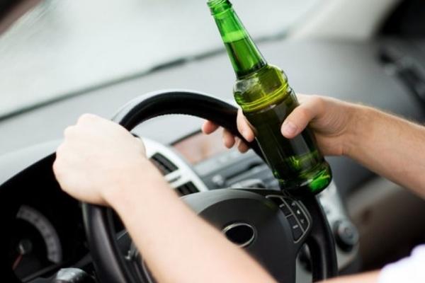 П'яний водій без прав, їхав трасою Київ-Чоп заднім ходом