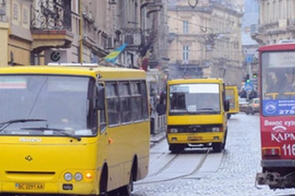 У міськраді називають економічно обґрунтованим тарифом у маршрутках 6 грн