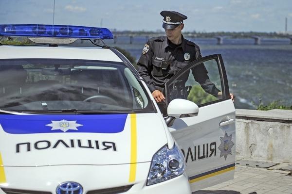 Поліція Львівщини розшукує чоловіка, який викрав 9-місячну дитину