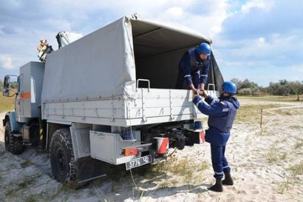 Рятувальники знешкодили знайдені на Львівщині артснаряди й міну