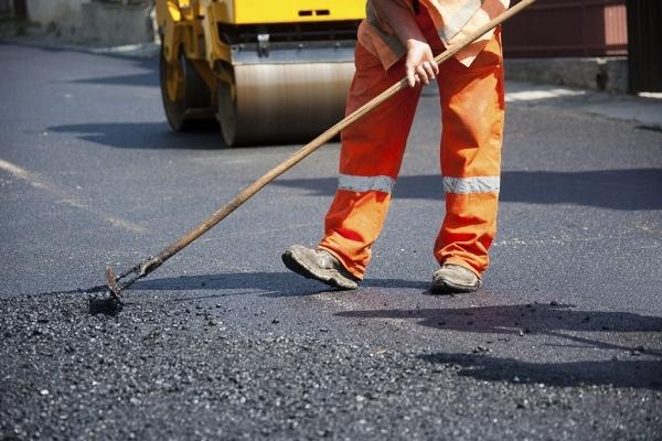 Ремонт дороги на Дрогобич завершать до кінця тижня