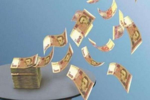 Екс-керівника райлікарні звинувачують у розтраті коштів з бюджету