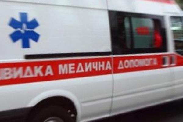 У Львові 50-річна жінка випала з сьомого поверху та залишилась живою