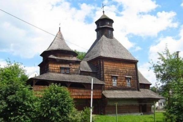 На Львівщині відремонтують чотири старовинні церкви