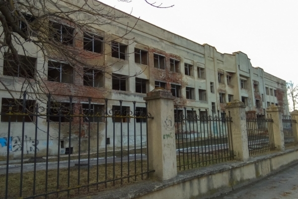 Львівська облрада повинна завершити старі довгобуди, а не починати нові, - депутат