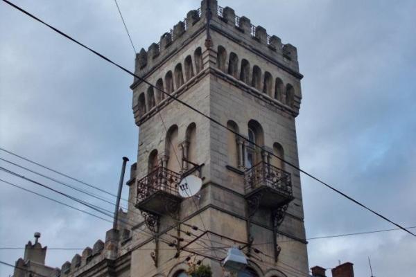 Більше 1 млн грн витратять на реставрацію балкону будинку Сосновського