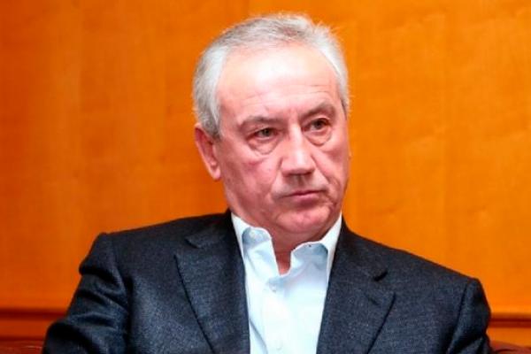 Димінський готовий продати 50% ФК «Карпати» за 1 гривню