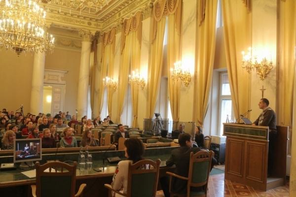 На Луганщину повертаються педагоги, які навчали дітей Львівщини