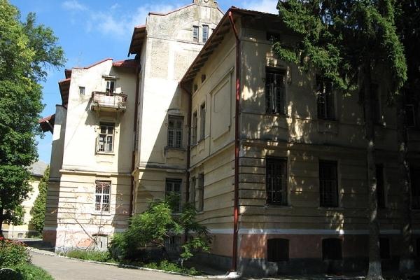 У львівській психлікарні примусово утримували хворих