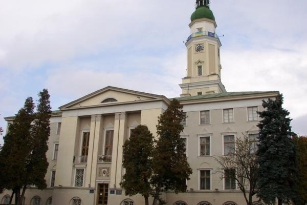 Прокуратура Львівщини подала 7 позовів до суду на Дрогобицьку міськраду за незаконну передачу земель