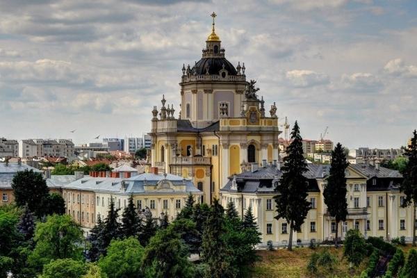 На об'їзди та внутрішні подвір'я собору святого Юра у Львові витратять ₴12 млн