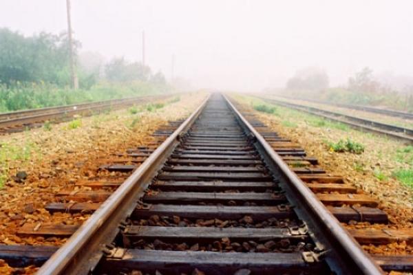 На Львівщині чоловік жахливо загинув під колесами потягу