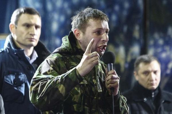 Нардеп зі Львова Парасюк напав на поліцейського: в того - струс мозку, відкрито провадження (Відео)