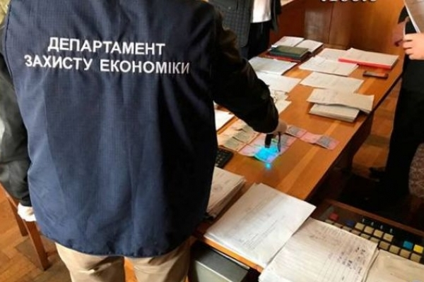 Прокурор Львівської області оголосив підозру адвокату