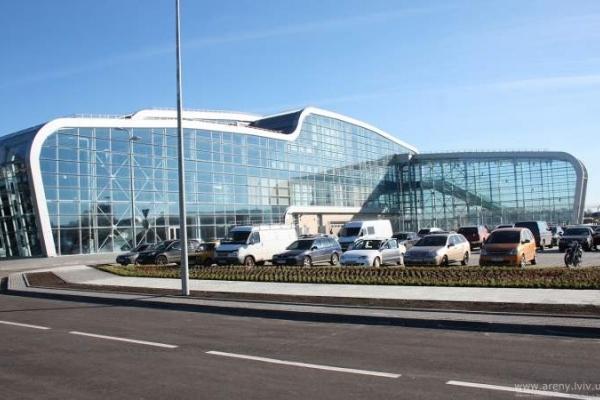У Львівському аеропорті кількість рейсів збільшилась на 30%, пасажиропотік – на 50%