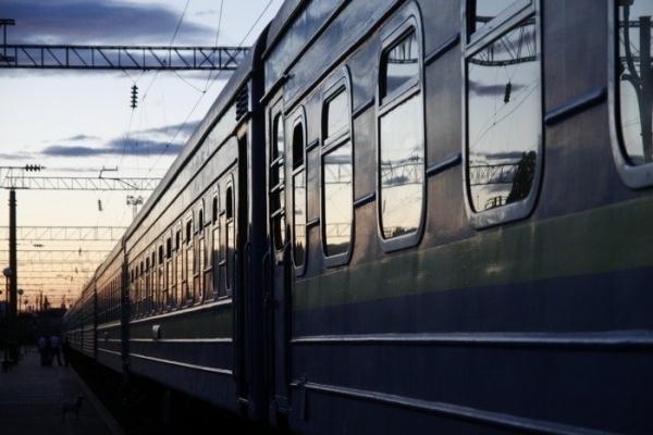На Львівщині потяг травмував неповнолітнього