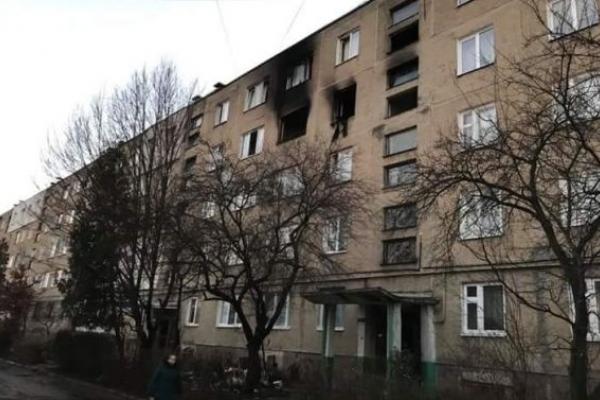 Жахлива пожежа у Львові: з палаючого будинку евакуювали 150 львів'ян