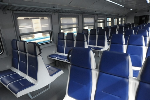 «Укрзалізниця» призначила на свята додатковий швидкісний потяг до Львова