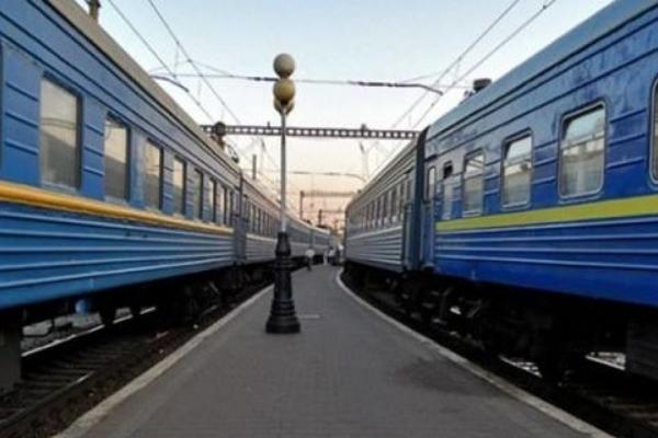 Поліція встановлює особу чоловіка, який потрапив під поїзд на Львівщині
