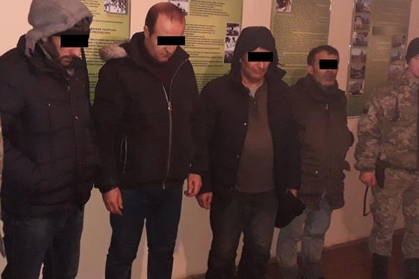 Четверо турків-нелегалів затримали поблизу кордону з Польщею