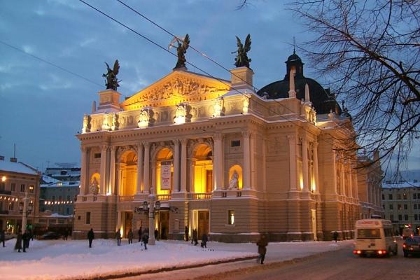 Сьогодні ввечері через зйомки реклами для пішоходів перекриють центральну частину Львова