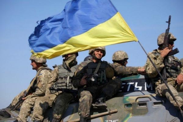 Львів'яни розповіли, кого вони вважають винними у воєнному конфлікті на Донбасі (Відео)