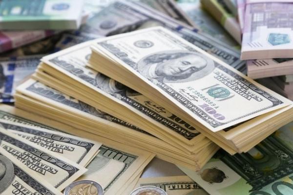 В одному з банків Львівської області працівник привласнив $100 000 свого клієнта