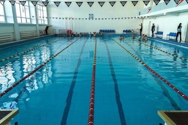 З'ясовано причину раптової смерті 10-річної дівчинки після плавання у басейні у Львові