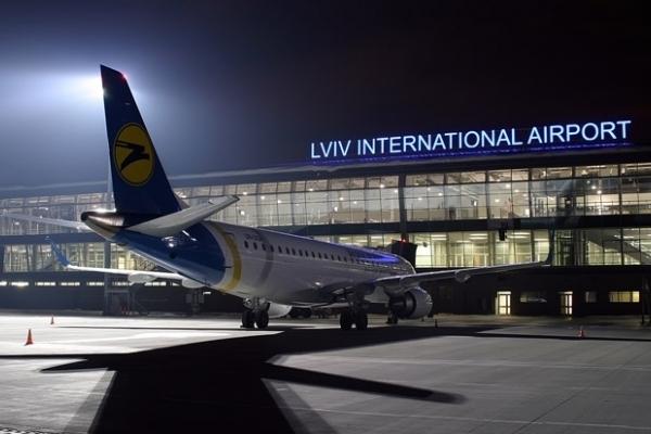 Львівський аеропорт за рік відкрив 9 нових напрямків