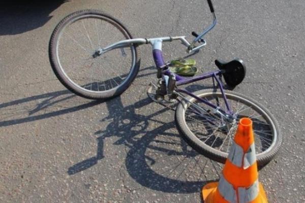 ДТП у Стрию: Mercedes збив пенсіонера-велосипедиста