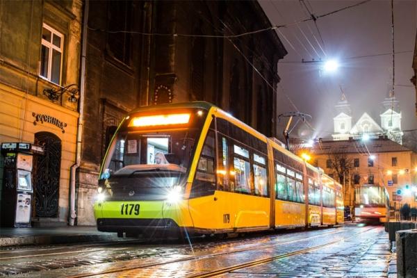 Навесні проїзд в електротранспорті Львова може зрости до більш ніж 5 гривень: подробиці