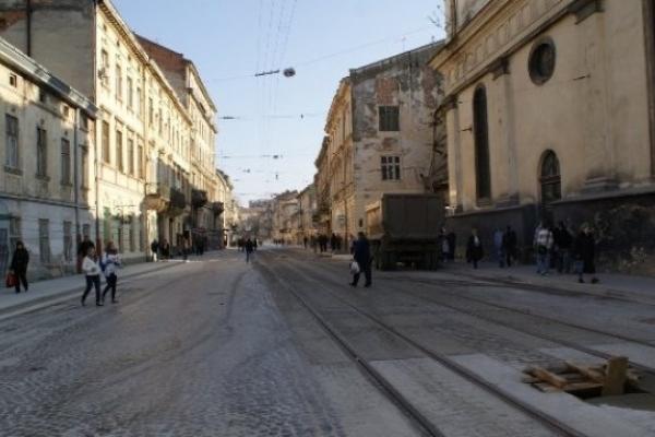 Вулицю Личаківську можуть ремонтувати до липня: львів'яни незадоволені