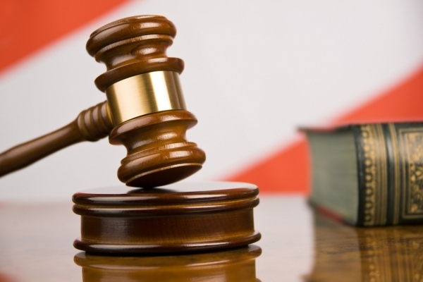 Львівський суд відпустив керівника районного Держземагентства, що вимагав $30 тис. хабара