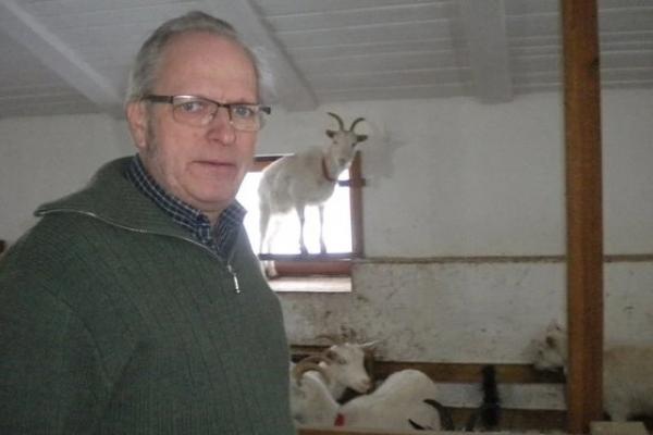 «Влада мені постійно не давала спокою». Чому бельгієць хоче продати ферму на Львівщині (Фото)
