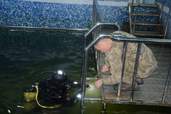 У Львові готують військових водолазів